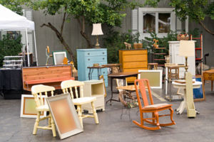 Have a yard sale to get rid of items before your to move save money.