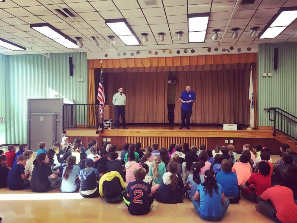 Speech in elementary school gym