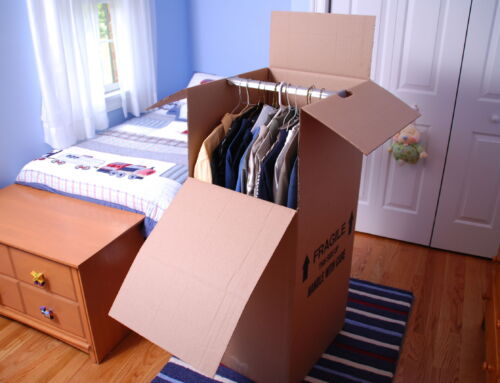 How to pack all your clothes for moving